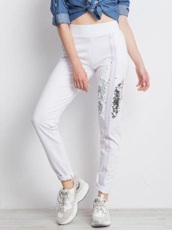 Białe spodnie Cloudy