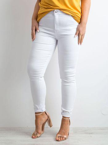 Białe spodnie skinny PLUS SIZE