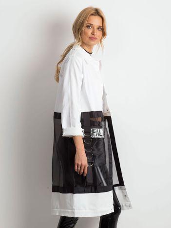 Biało-czarny płaszcz Appeal
