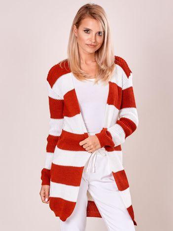 Biało-czerwony sweter w pasy