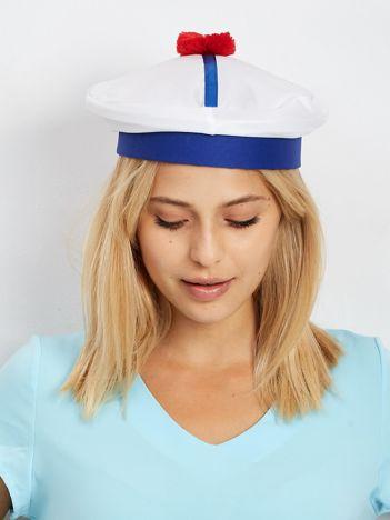 Biało-niebieska czapka marynarza