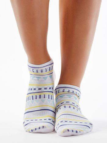 Biało-niebieskie stopki z azteckim nadrukiem
