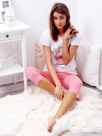 Biało-różowa piżama damska z nadrukiem