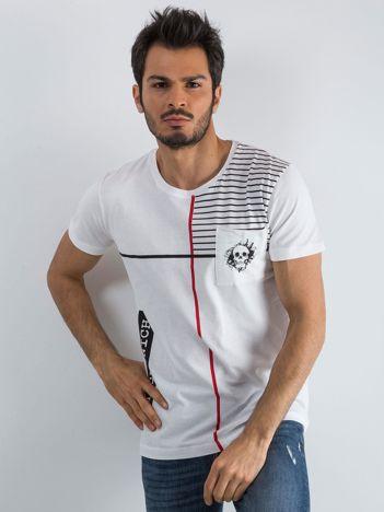 Biały męski t-shirt w paski z napisem