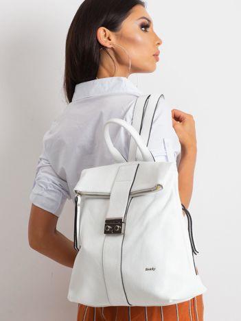 Biały plecak skórzany