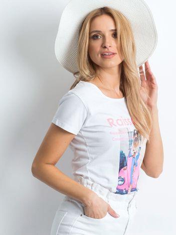 Biały t-shirt Invariably