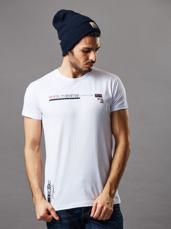 Biały t-shirt męski z drobnym printem