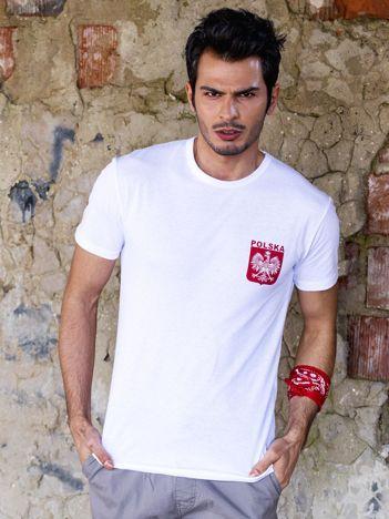 Biały t-shirt męski z godłem