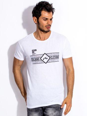 Biały t-shirt męski z poziomym nadrukiem