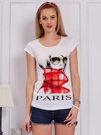 Biały t-shirt z dziewczyną i napisem