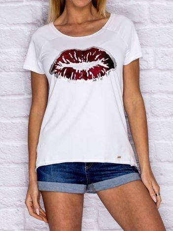 Biały t-shirt z motywem ust