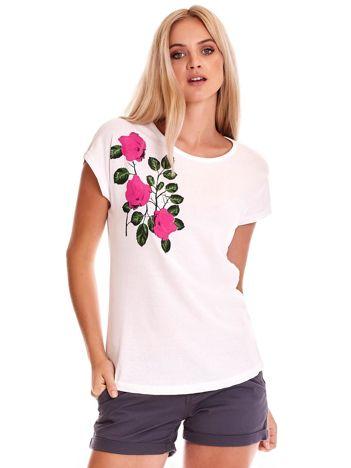 Biały t-shirt z nadrukiem róż