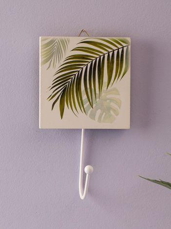 Biały wieszak z nadrukiem roślinnym