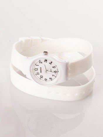 Biały zegarek na długim pasku