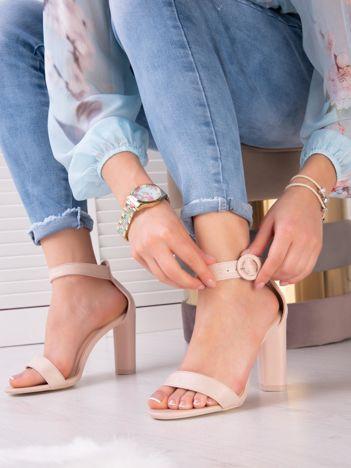 Bladoróżowe sandały na wysokim słupku z eco zamszu