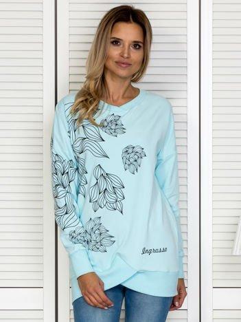 Bluza damska w roślinne motywy niebieska