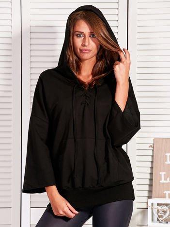 Bluza damska ze sznurowanym dekoltem czarna