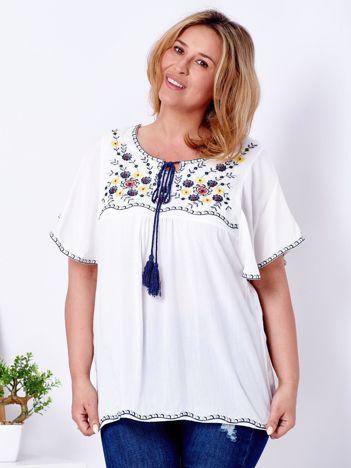 Bluzka biała w etniczne wzory PLUS SIZE