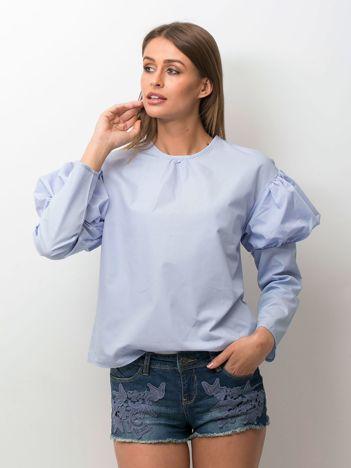 Bluzka damska z bufkami na rękawach niebieska