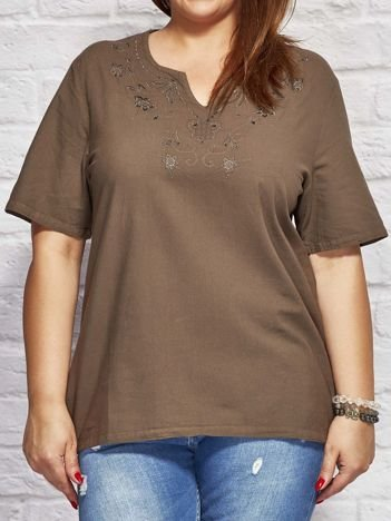 Bluzka koszulowa z haftowanym wzorem brązowa PLUS SIZE