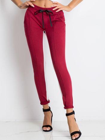 Bordowe spodnie dresowe Defined