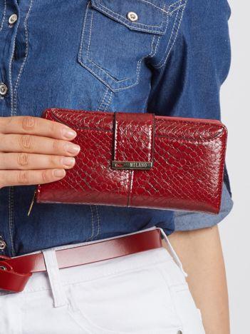 Bordowy portfel damski