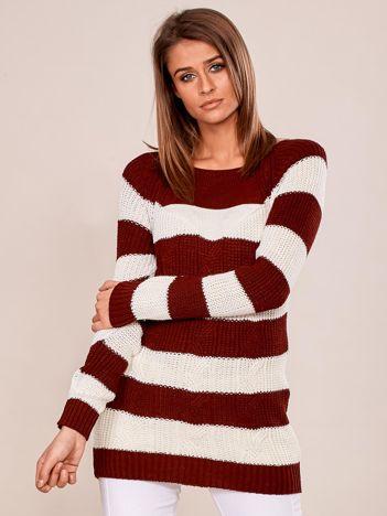 Bordowy sweter damski w paski
