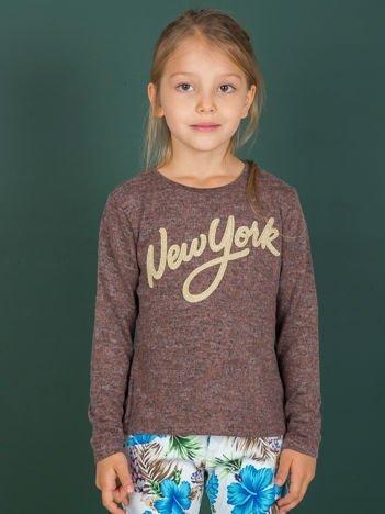 Brązowa bluzka dla dziewczynki z napisem