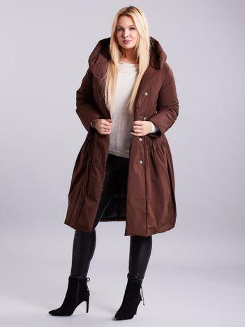 Brązowa długa kurtka na zimę PLUS SIZE