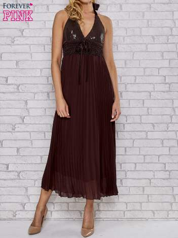 Brązowa plisowana sukienka maxi wiązana na plecach