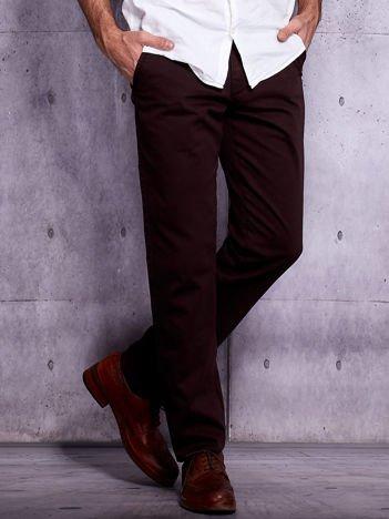 Brązowe spodnie chinosy męskie