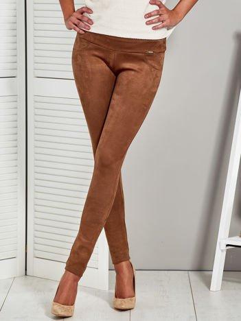 Brązowe zamszowe spodnie