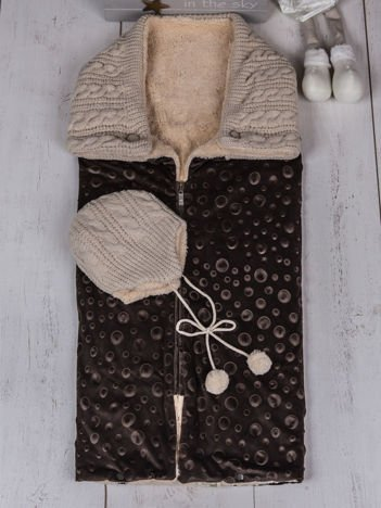 Brązowy 2-częściowy zestaw becik śpiworek niemowlęcy ocieplony futerkiem z ocieploną czapeczką