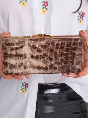 Brązowy podłużny skórzany portfel damski