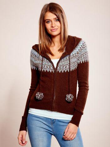 Brązowy sweter na suwak