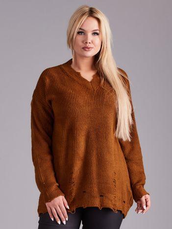 Brązowy sweter oversize PLUS SIZE