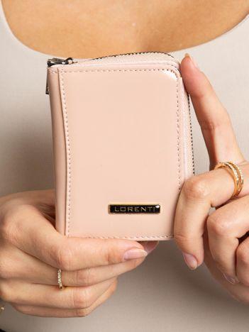 Brudnoróżowy mały portfel ze skóry