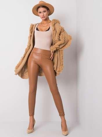 Camelowe legginsy ze skóry ekologicznej Briana RUE PARIS