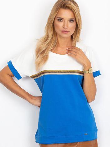 Ciemnoniebieska bluzka z dekoltem na plecach