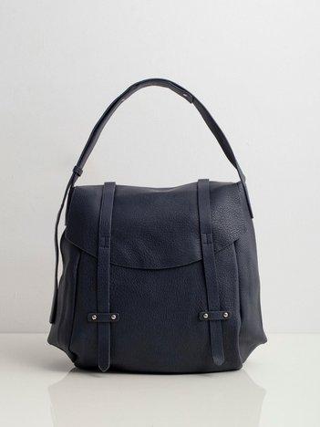 Ciemnoniebieska torba z klapką
