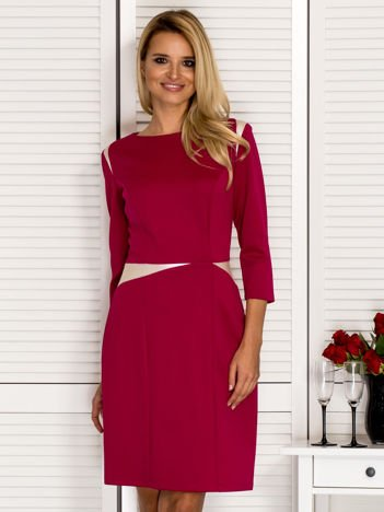 Ciemnoróżowa sukienka z kontrastowymi skórzanymi wstawkami