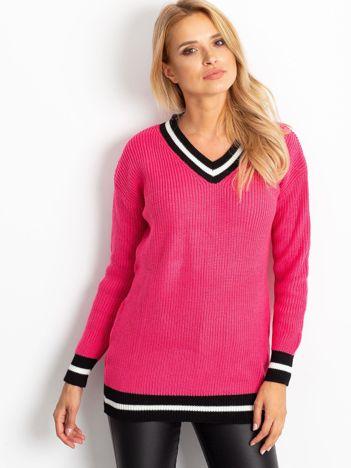Ciemnoróżowy luźny sweter V-neck z kontrastowymi ściągaczami