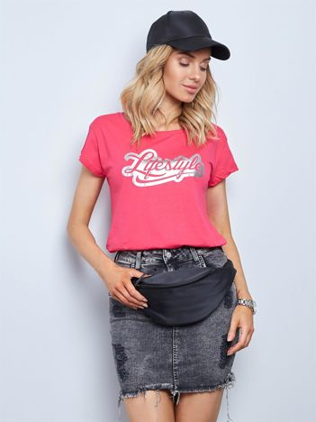 Ciemnoróżowy t-shirt Lifestyle