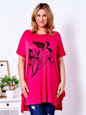 Ciemnoróżowy t-shirt z kwiatem PLUS SIZE