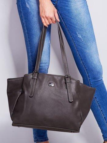Ciemnoszara miękka torba w miejskim stylu