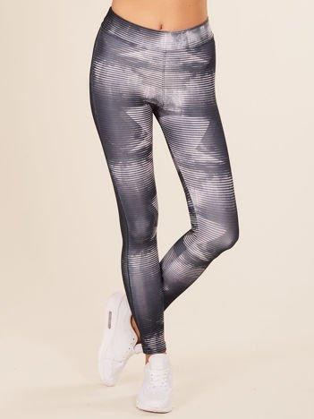 Ciemnoszare wzorzyste legginsy
