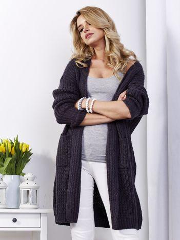 Ciemnoszary sweter bez zapięcia z kieszeniami