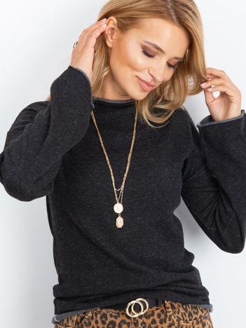 Ciemnoszary sweter damski z szerokimi rękawami