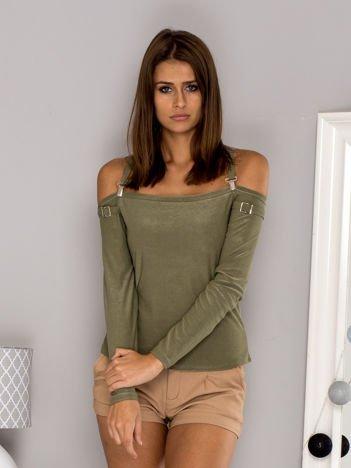 Ciemnozielona bluzka z ozdobnymi paskami