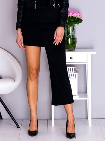 Czarna asymetryczna spódnica